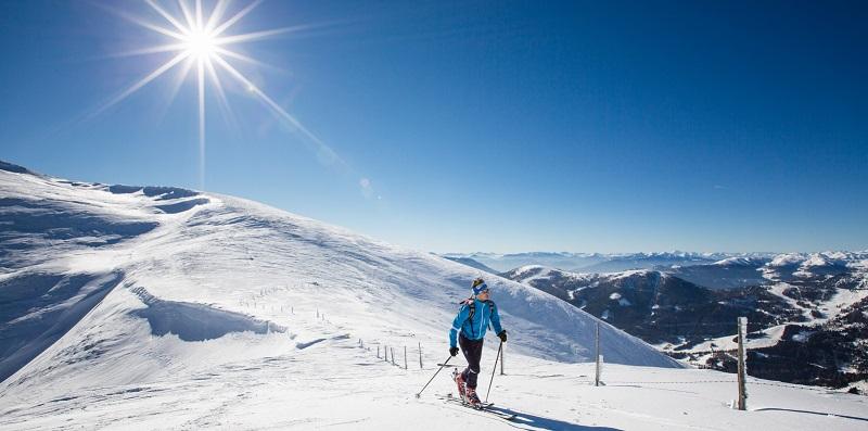 Karintia síterületein 100 órával többet süt a nap a téli hónapokban mint az északra eső területeken