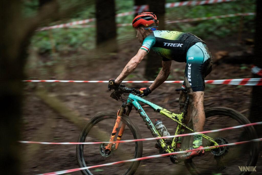 Parti András hegyikerékpár versenyző - a három olimpiai részvétel, 22-szeres Magyar Bajnok, a negyedik olimpiámra készül.